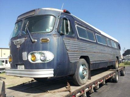 Mark Hauling Classic Bus